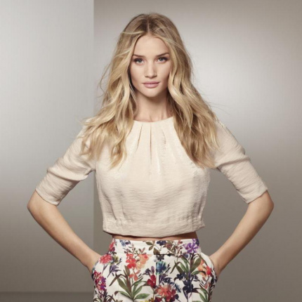 Rosie Huntington-Whiteley dla Marks&Spencer Autograph