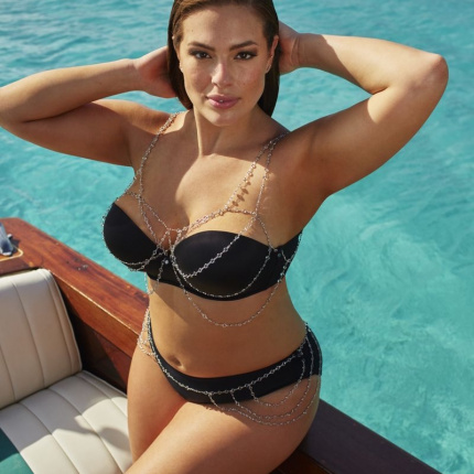 Ashley Graham x swimsuitsforall. Kostiumy kąpielowe plus size!