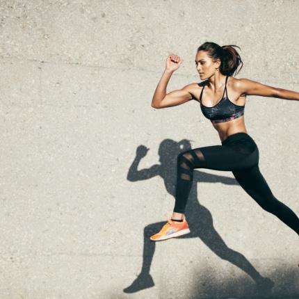 Co ćwiczyć żeby schudnąć z brzucha chodakowska