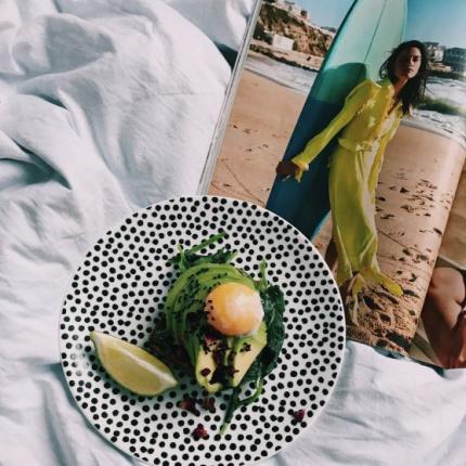 śniadanie Do łóżka Jogurt Z Domową Granolą Ellepl