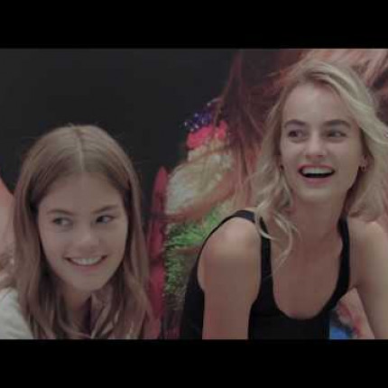 Pokaz Victoria's Secret 2018: Road To The Runway [WIDEO]