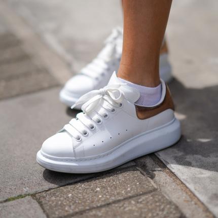 sneakersy Elle.pl trendy wiosna lato 2020 moda, uroda