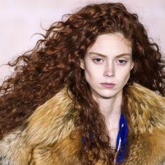 Fryzury Dla Naturalnie Kręconych Włosów Ellepl Trendy