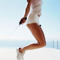 Jakie proste ćwiczenia wykonywać żeby schudnąć z brzucha