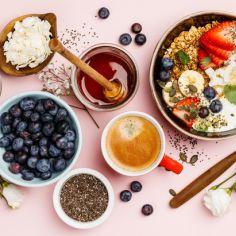Wpływ diety na cerę. Co jest skórze niezbędne?