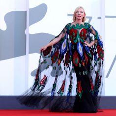 Festiwal filmowy w Wenecji: kreacje i suknie gwiazd 2020