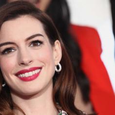 Komedia romantyczna w czasach lockdownu? Główną rolę ma zagrać Anne Hathaway!
