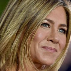 Kosmetyczka Jennifer Aniston ujawnia 3 zasady pielęgnacji, które sprawią że skóra zawsze będzie rozświetlona