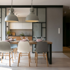 Przestronny apartament, projekt: MIKOŁAJSKAstudio