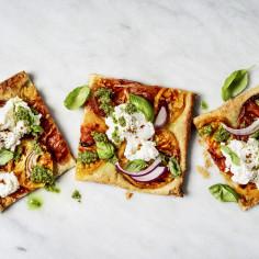 Fit pizza – łatwy przepis na zdrową pizzę z patelni