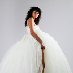 Suknie ślubne 2021: Molly Goddard
