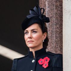 Kate Middleton ma nową fryzurę! Księżna Cambridge zdecydowała się przefarbować włosy. Ten odcień odmłodził ją o kilka lat!