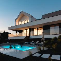 Slab House,  nowoczesny dom na wzgórzu pod Poznaniem, projekt: mode:lina™