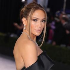 Ten nowy serial Netflix będzie hitem? Poleca go Jennifer Lopez