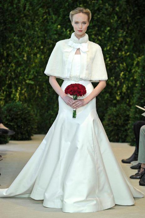25e3a33e1c Suknie ślubne Carolina Herrera 2014 - Elle Wedding - trendy wiosna ...