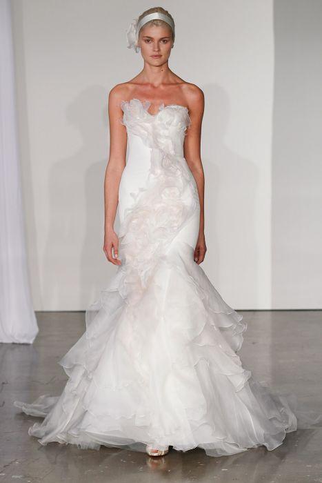 e27fd485b1 Suknie ślubne 2014  Marchesa jesień 2014 - Elle Wedding - trendy ...