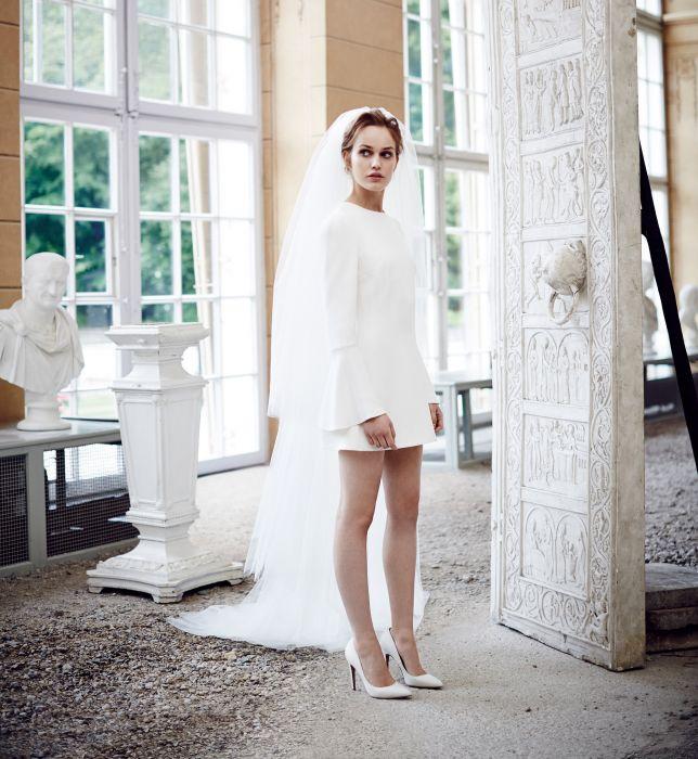 610f0e6fdb Suknie ślubne La Mania - kolekcja White 2014 2015 - Elle Wedding ...