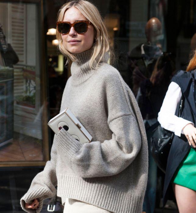6a38c6c82ec0 Street fashion  swetry na jesień - Elle.pl - trendy wiosna lato 2019 ...
