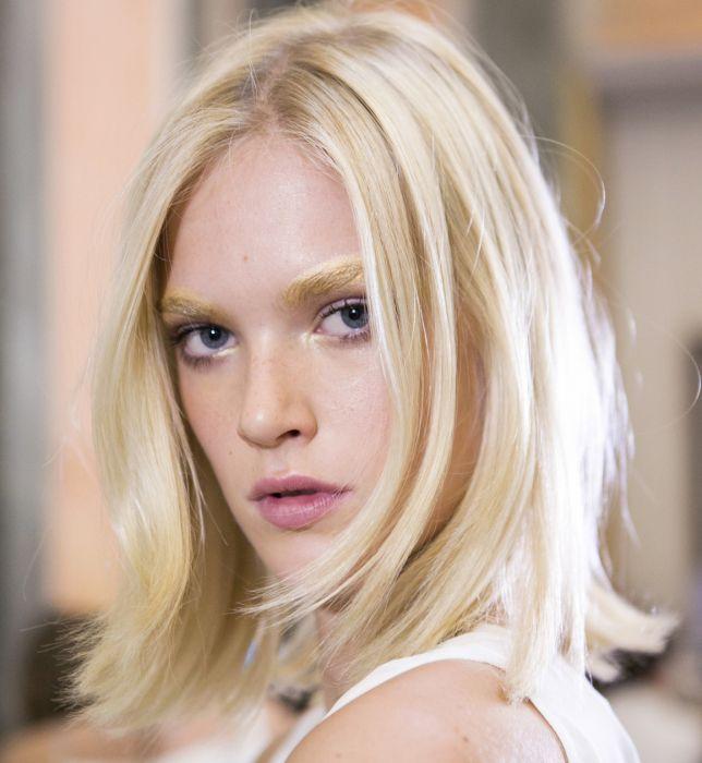 Krótkie Fryzury Blond 2016 Ellepl Trendy Jesień Zima