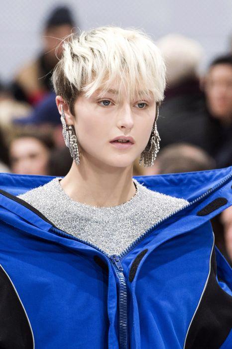 Krótkie Fryzury Blond Ellepl Trendy Wiosna Lato 2019 Moda