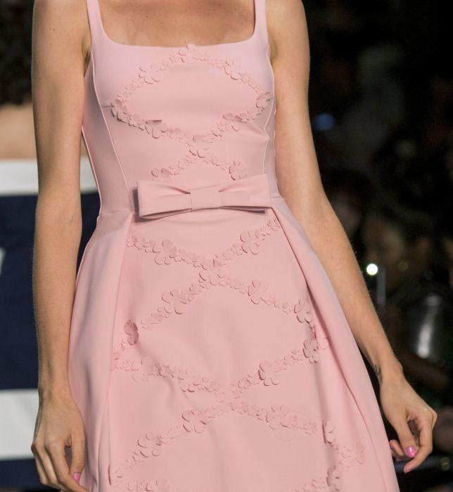 f92b6b24 Rozkloszowane sukienki na wesele - Elle.pl - trendy wiosna lato 2019 ...