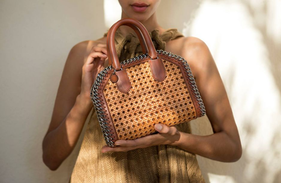 8ea5458024199 Wegańskie wyroby skórzane mają opanować rynek mody do 2025 roku ...