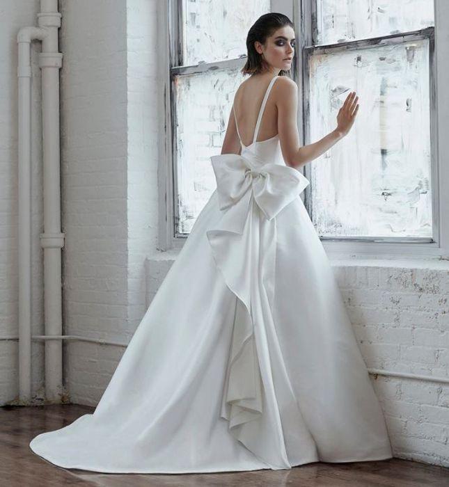 Suknie ślubne Isabelle Armstrong Jesień Zima 20182019 Elle