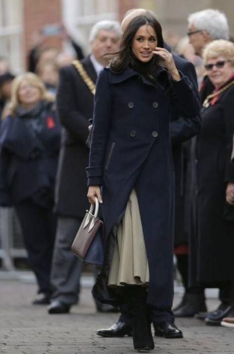 Meghan Markle Wybrała Suknię ślubną Są Już Pierwsze Szkice Elle
