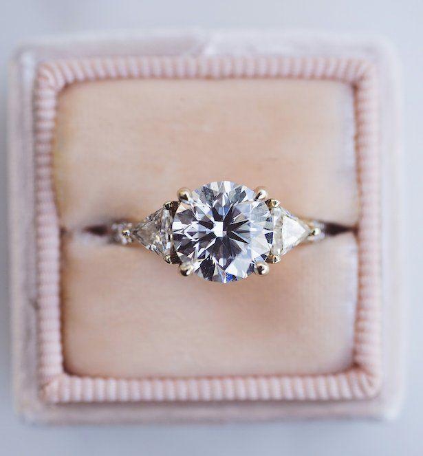 Quiz: Który pierścionek zaręczynowy do Ciebie pasuje?