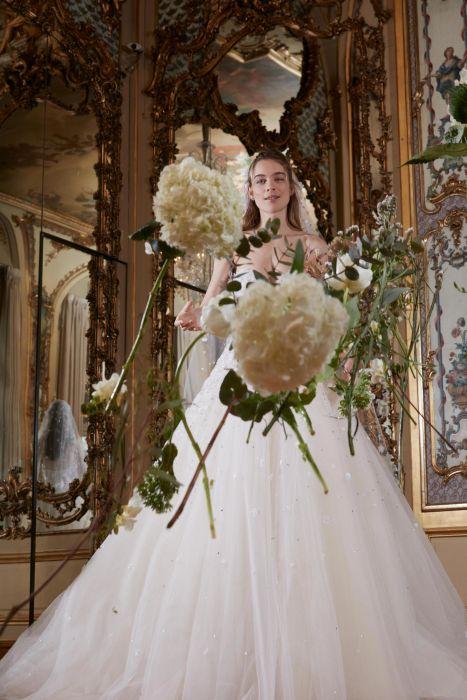 66cf32e9b0 Suknie ślubne Elie Saab wiosna-lato 2018 - Elle Wedding - trendy ...