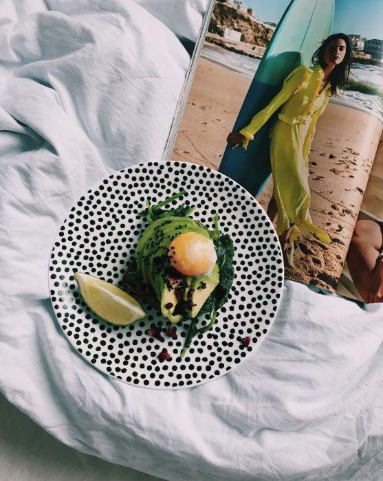 śniadanie Do łóżka Avocado Toast Ellepl Trendy Jesień