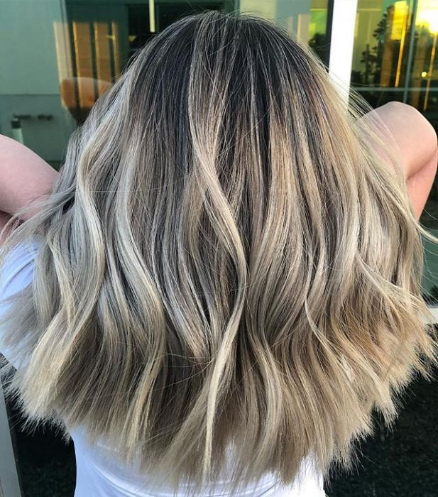 Smoked Marshmallow Modny Kolor Włosów Trendy 2019