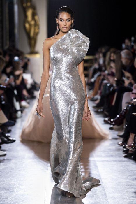 8e0e69345f8c 20 najpiękniejszych sukni z pokazów haute couture wiosna-lato 2019 ...