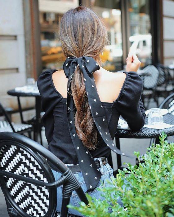 Jak Modnie Nosić Chustkę We Włosach 10 Sposobów Ellepl