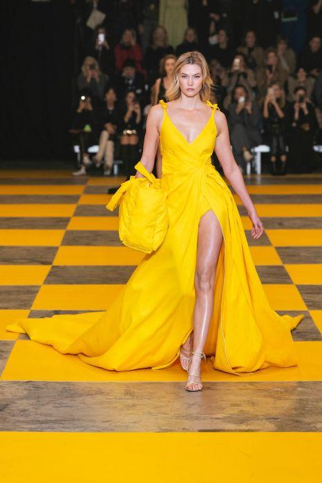 Kto to zaprojektował? Isabel Marant, Victoria Beckham, a może Dolce&Gabbana?