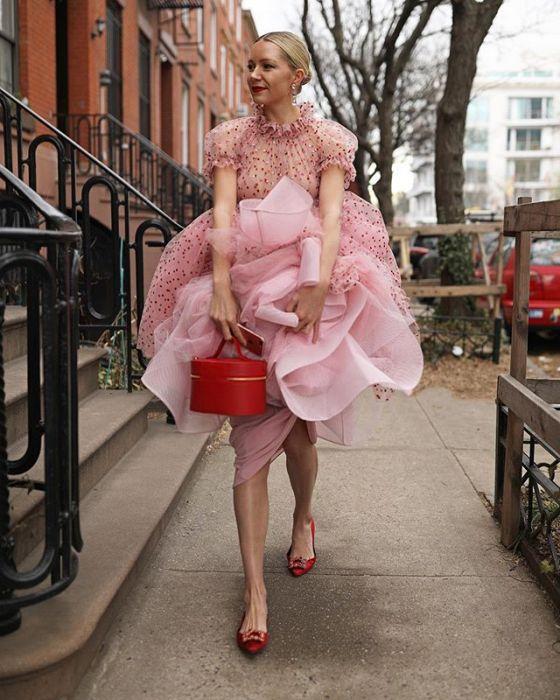 67022297e3278a Długa sukienka na wesele - czy wypada? - Elle Wedding - trendy ...