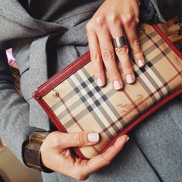 French Manicure Kultowe Paznokcie Wracają Do Mody Elle