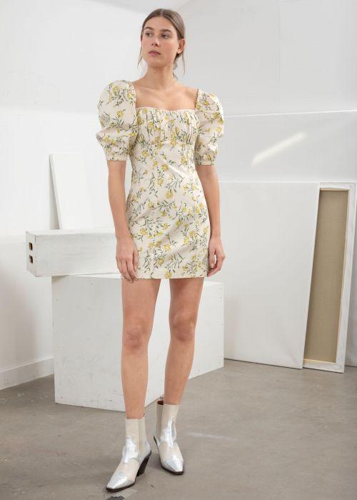 a7d710608 Sukienki w kwiaty - wybrałyśmy najpiękniejsze z aktualnych ofert ...
