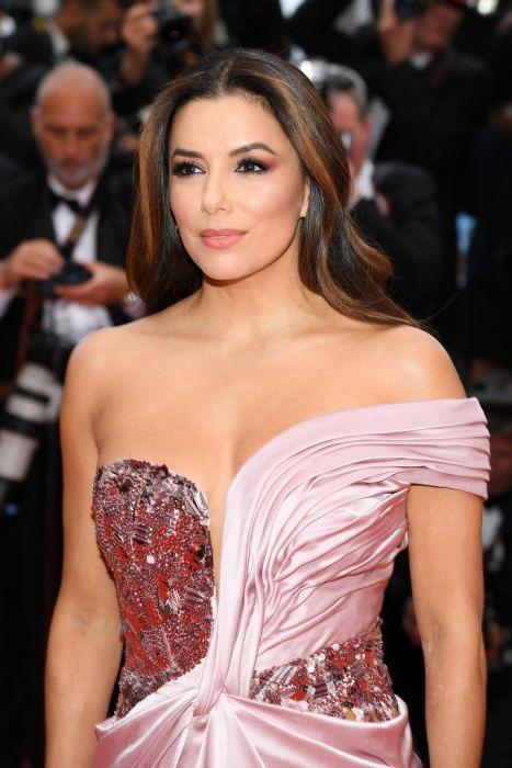 311bac24 Cannes 2019 - najpiękniejsze makijaże i fryzury gwiazd - Elle.pl ...