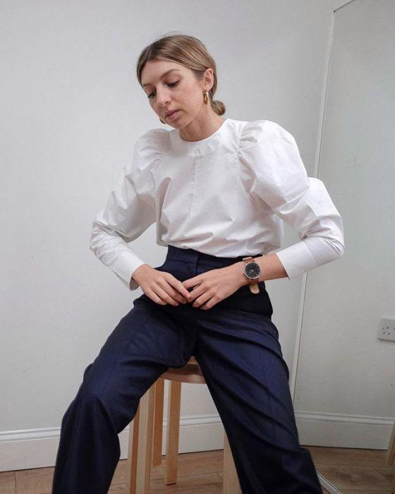 Bufiaste rękawy – Modne bluzki i koszule damskie z
