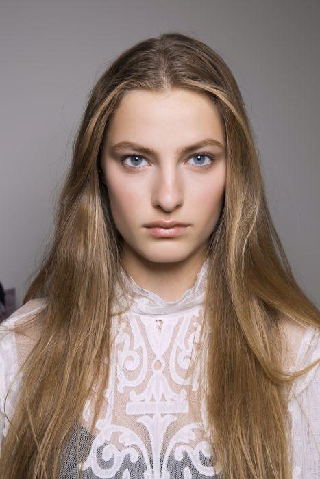 Keratynowe Prostowanie Włosów 4 Fakty O Których Musisz