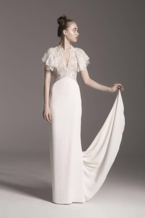 8400f0b8c7 Suknia ślubna o prostym kroju Lidia Kalita Bridal - Suknie ślubne Lidia  Kalita - pierwsza kolekcja