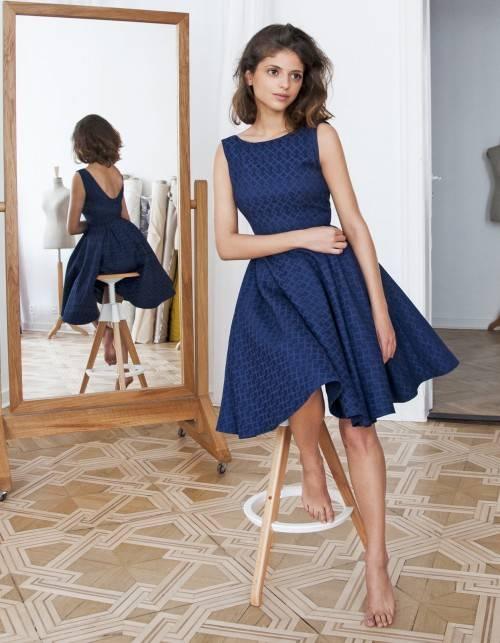 abbdb86b Granatowa rozkloszowana sukienka - Rozkloszowane sukienki