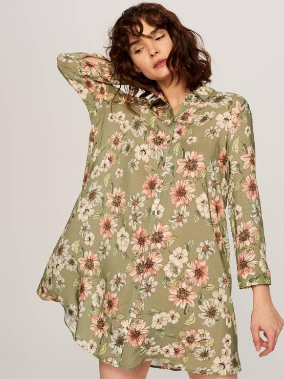 4d510168 Koszulowa sukienka w kwiaty - Modne sukienki z Reserved na wiosnę 2018