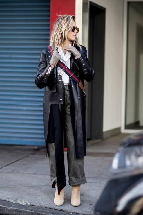 Street Style New York Fashion Week FW 2018/2019 - Street Fashion New York Fashion Week Jesieu0144 ...