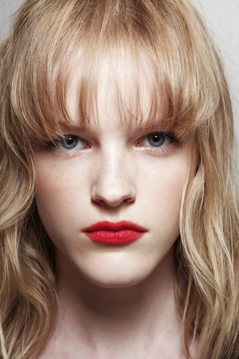 Blond I Grzywka Modne Fryzury Z Grzywką