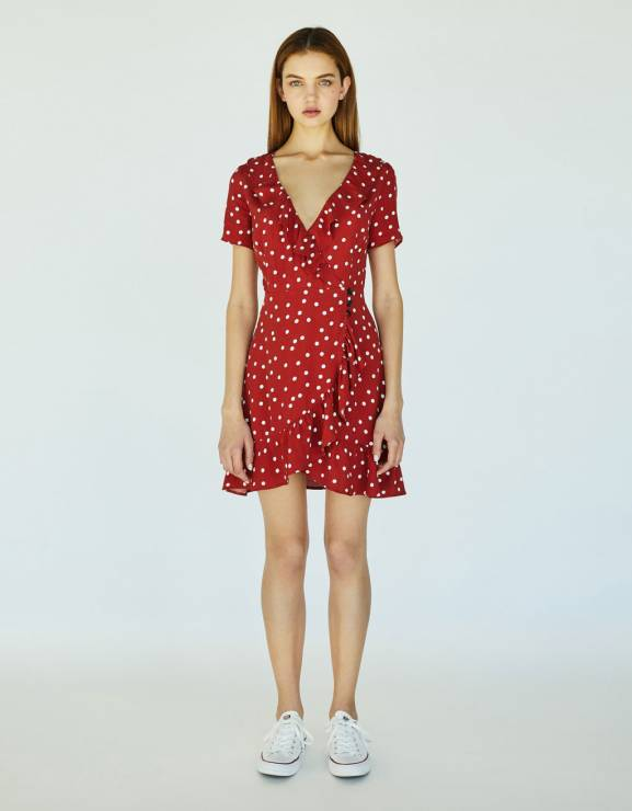 6b6a0e3cc30 Sukienka czerwona w groszki Bershka - Sukienki w stylu Réalisation Par