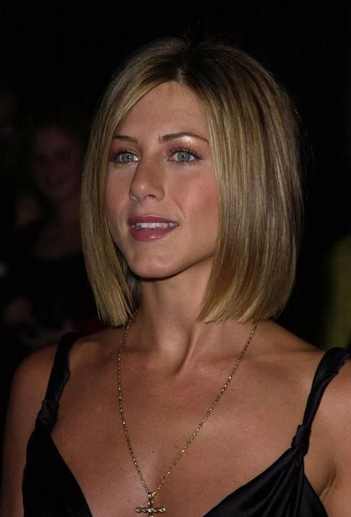 Bob W Stylu Jennifer Aniston 2001 Fryzura Jennifer Aniston Z 2001