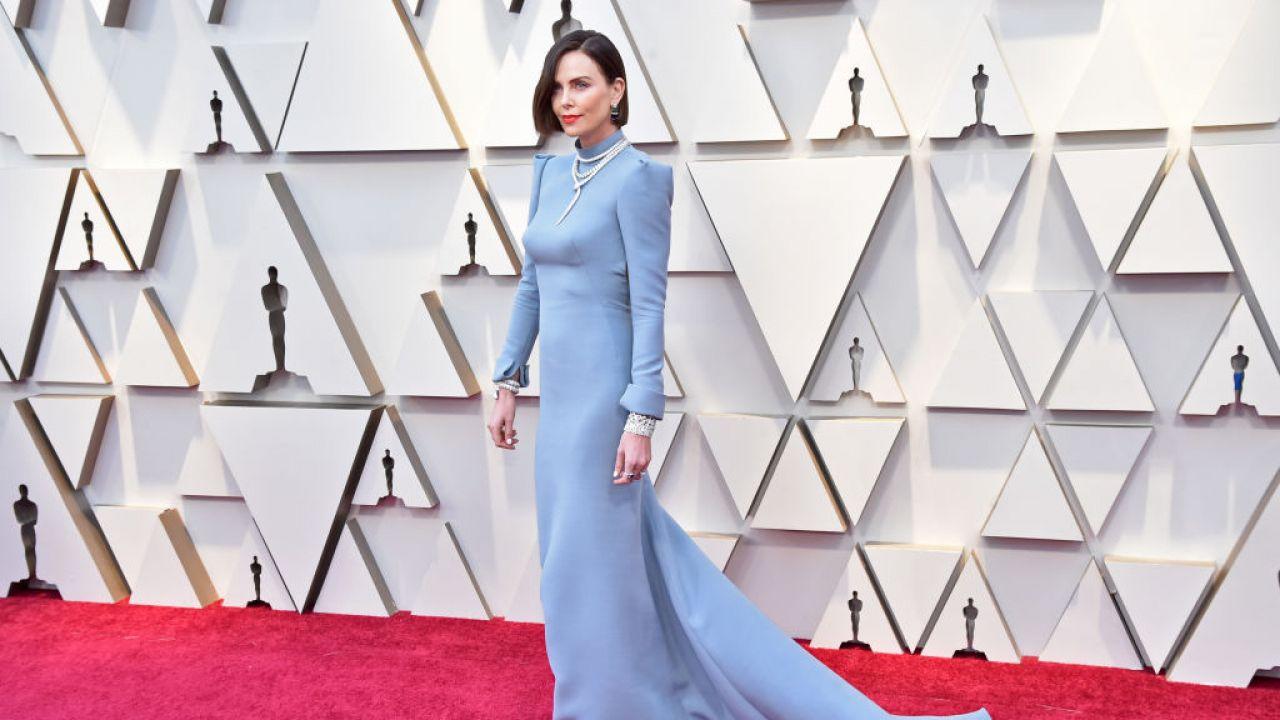 c38aac1ff3 Oscary 2019  Charlize Theron w sukni Dior