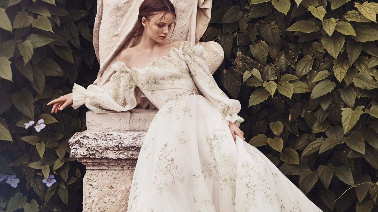 7264444e3f Modne suknie ślubne 2020  Monique Lhuillier - Elle Wedding - trendy ...